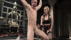 Blonde Aiden Starr in sexy stockings raw fingering