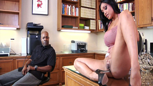 Ghetto Priya Rai interracial bang