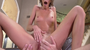 Sexy babe Emma Hix rushes real sex