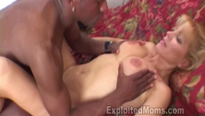 Nicole Moore pussy eating