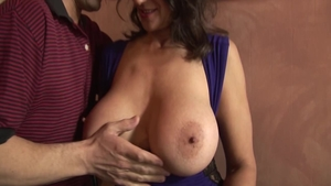 Trimmed and pretty Persia Monir pussy eating in the kitchen