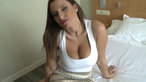 Amazing stepmom gets a buzz out of dick sucking HD