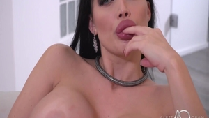 Pussy sex together with big butt goddess Aletta Ocean