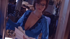 Big boobs and short haired housewife in glasses deepthroat