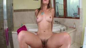 Young Dani Daniels creampie in the bath