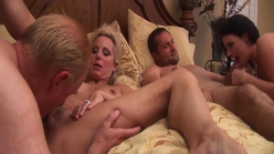 Very hot Sophie Dee getting a facial foursome