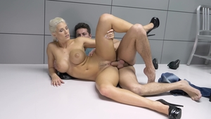 Large tits Blanche Bradburry got her pussy smashed