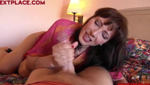 Amateur Zoey Holloway has a thing for hard slamming