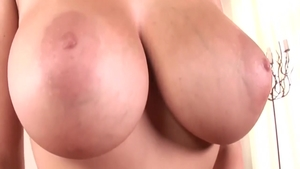 Busty american girl Gianna Michaels has a thing for fingering