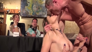 Humping at the casting between busty chick