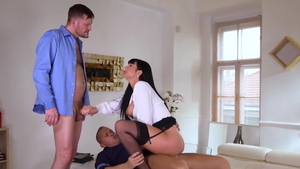 Super hot secretary Valentina Ricci helps with deepthroat HD