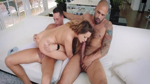 Young Cleo Vixen dick sucking pussy eating