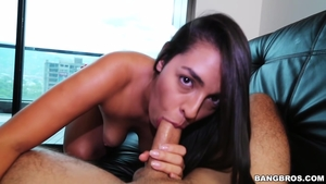 Colombian MILF gets a buzz out of hard nailining in HD