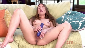 Hairy Taylor Sands female toys action video