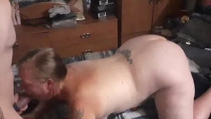 Chubby amateur craving cumshot in HD