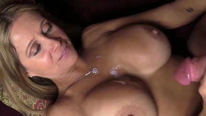 Dirty MILF feels the need for handjob in HD
