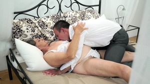 Good fuck escorted by hairy mature