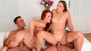Perfect Lulu Love and curvy Eva Berger orgy in the bed