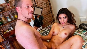 Max Maynard having fun with big butt brunette Frida Sante
