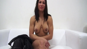 Muscle babe czech Pussy fucked at casting solo