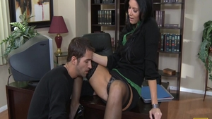 Big butt Hindi babe India Summer feels in need of ramming hard