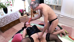 Threesome deutsch in tight stockings in HD