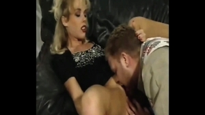 Cunnilingus sex video escorted by very sexy rough Kelly Trump