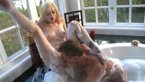 Pussy sex in company with couple